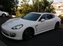 Beyaz Porsche Panamera Sol Yan Görünüm